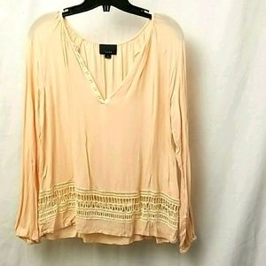 Lumiere Womens Top Size Medium Long sleeved